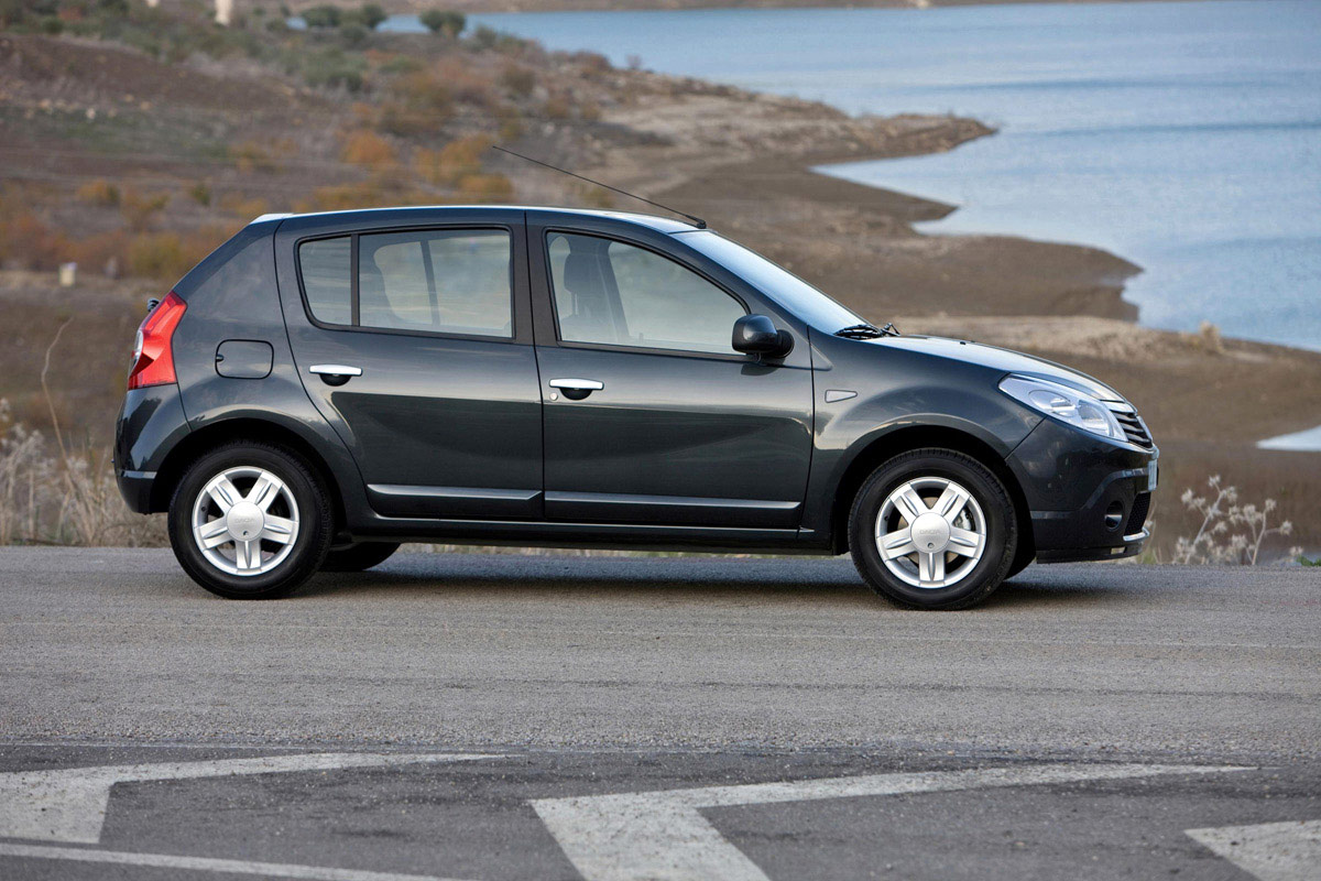 2009 dacia sandero photos informations articles. Black Bedroom Furniture Sets. Home Design Ideas