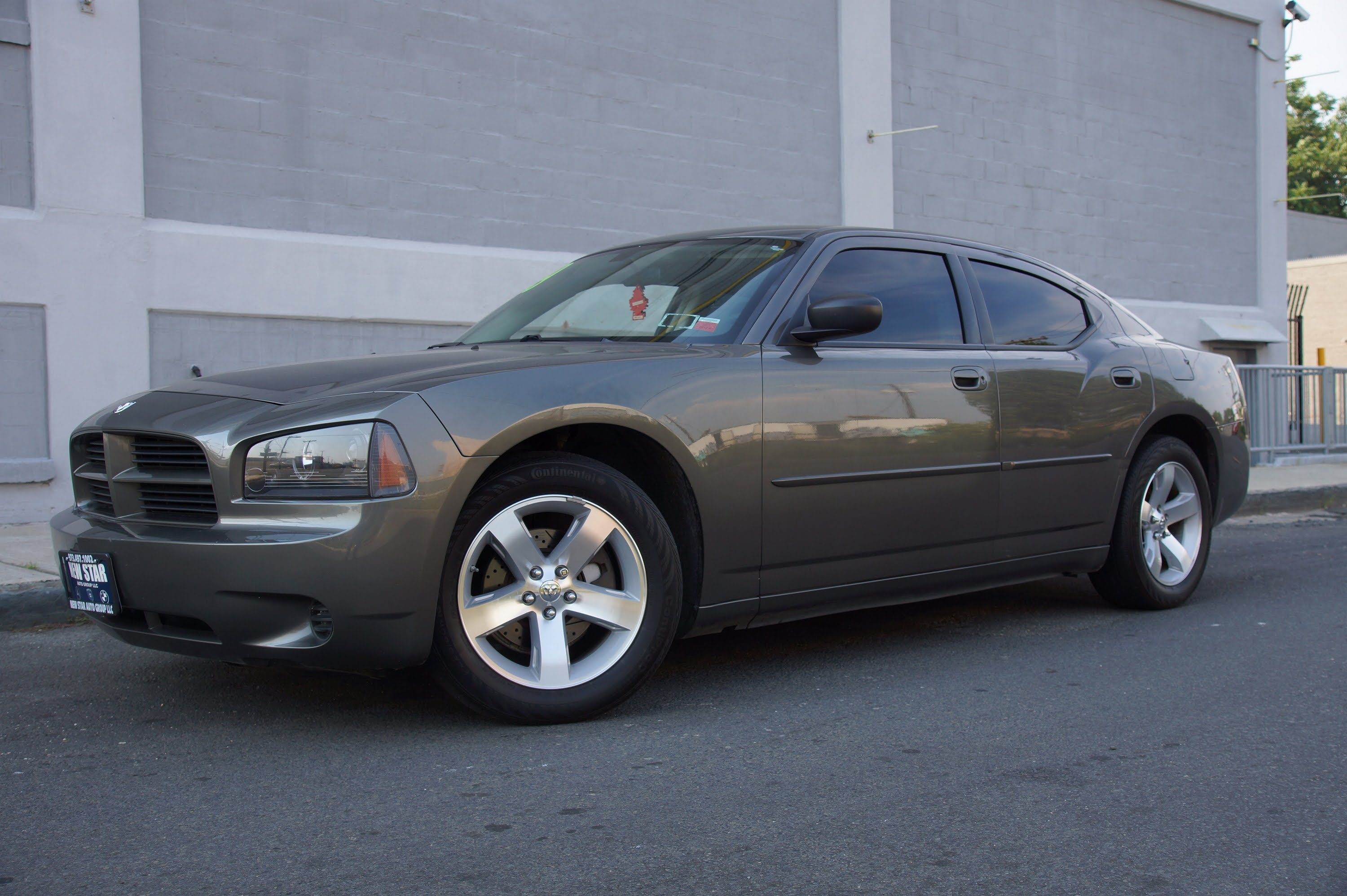 2009 Dodge Charger #13