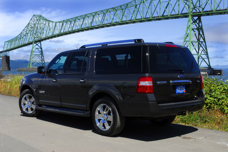 2009 Ford Expedition El #17
