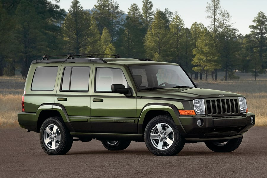 2009 Jeep Commander #16