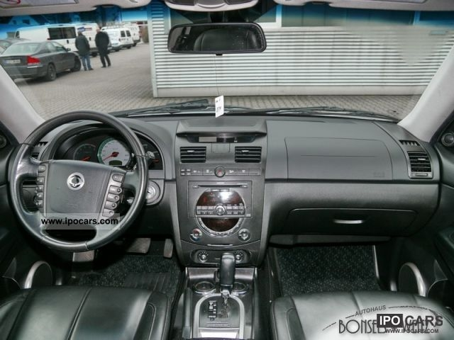 2009 Ssangyong Musso #17