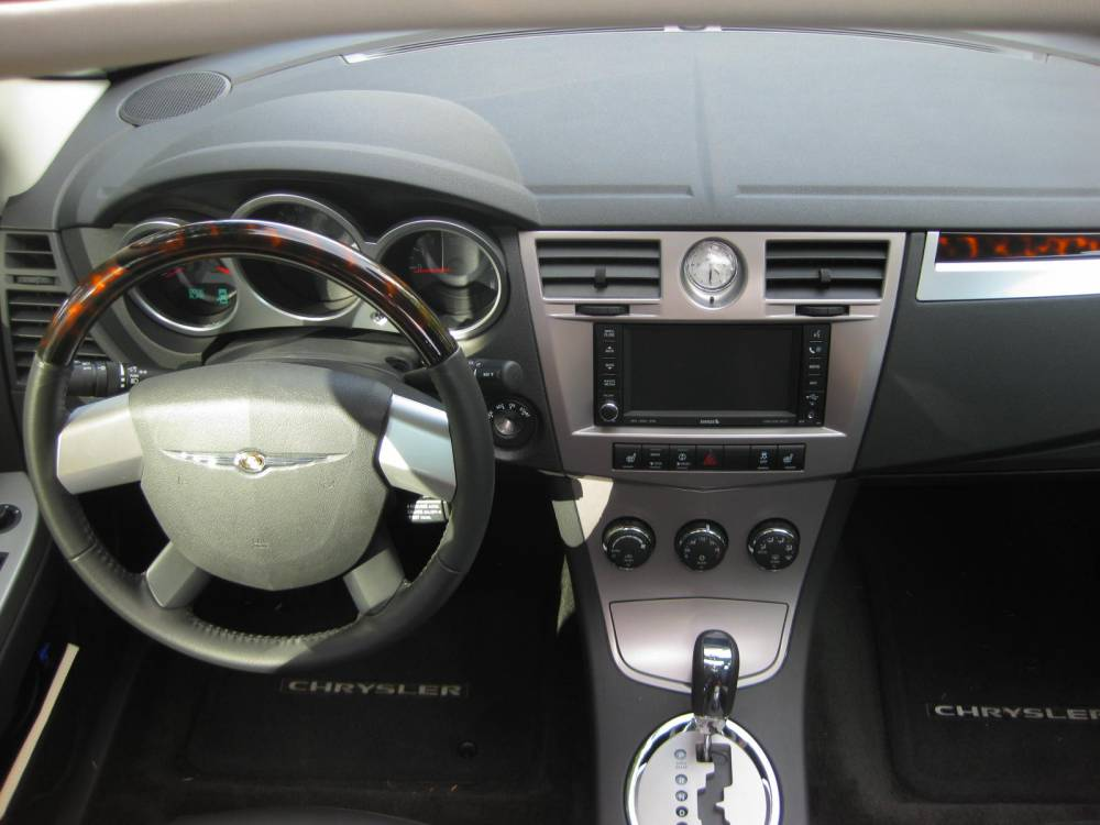 2010 Chrysler Sebring #17