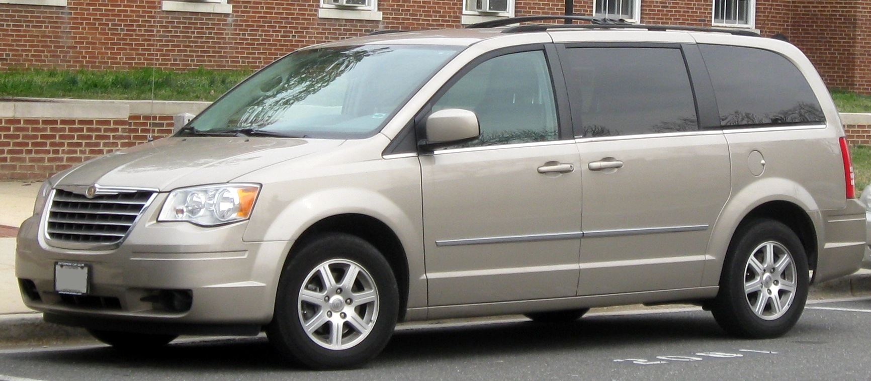 2010 Chrysler Town And Country #17