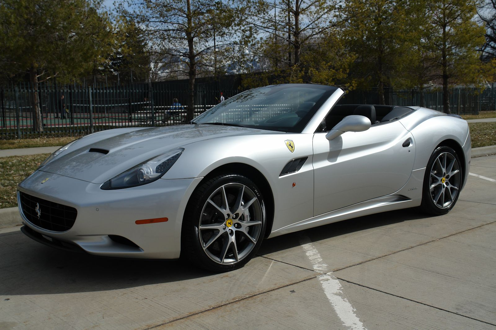 2010 Ferrari California #19