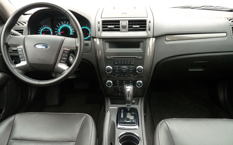 2010 Ford Fusion #17