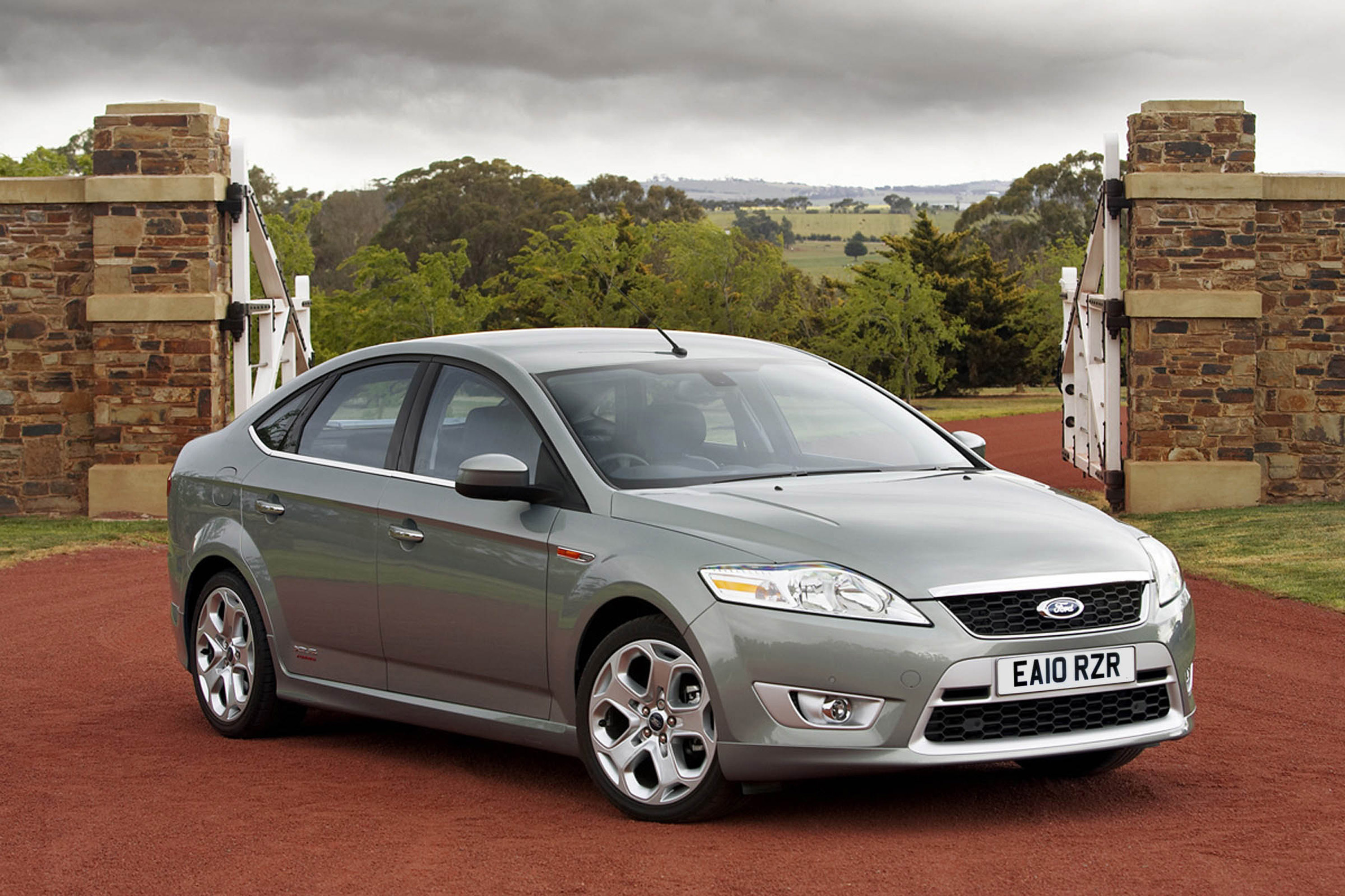 2010 Ford Mondeo #23