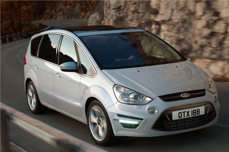 2010 Ford S-Max #17