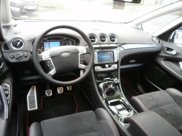 2010 Ford S-Max #19