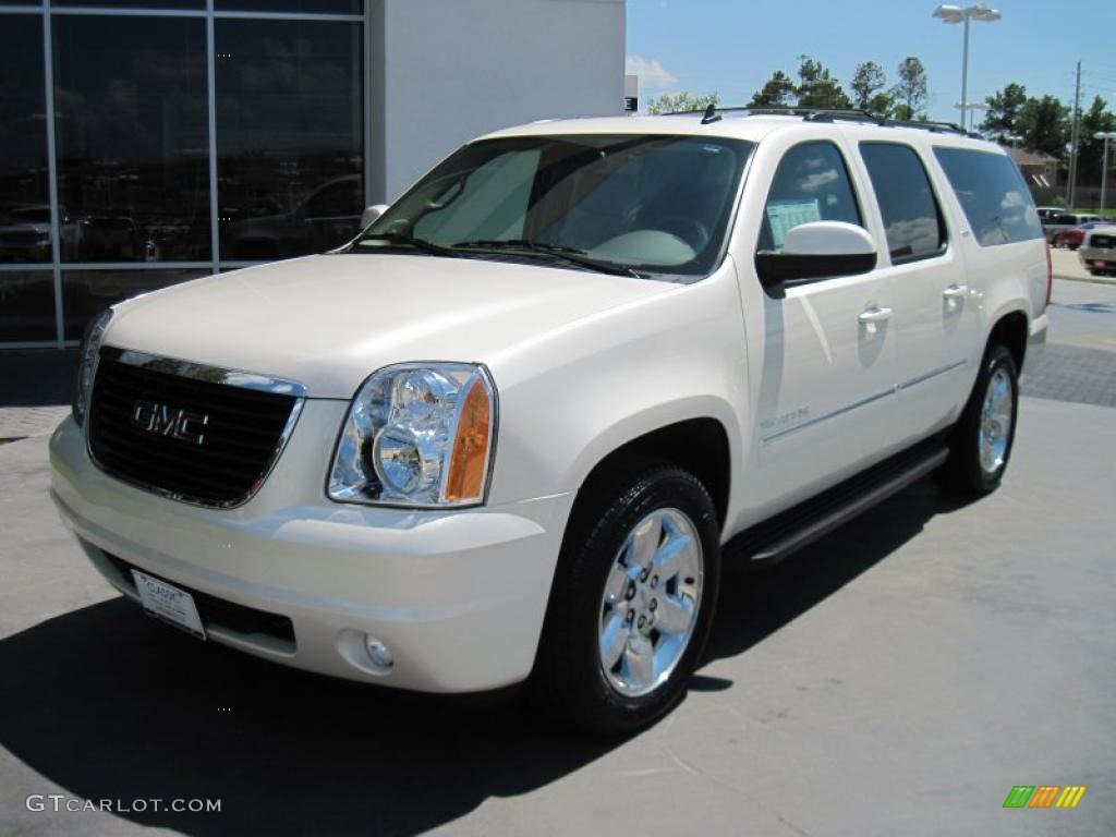 2010 gmc yukon xl photos informations articles. Black Bedroom Furniture Sets. Home Design Ideas