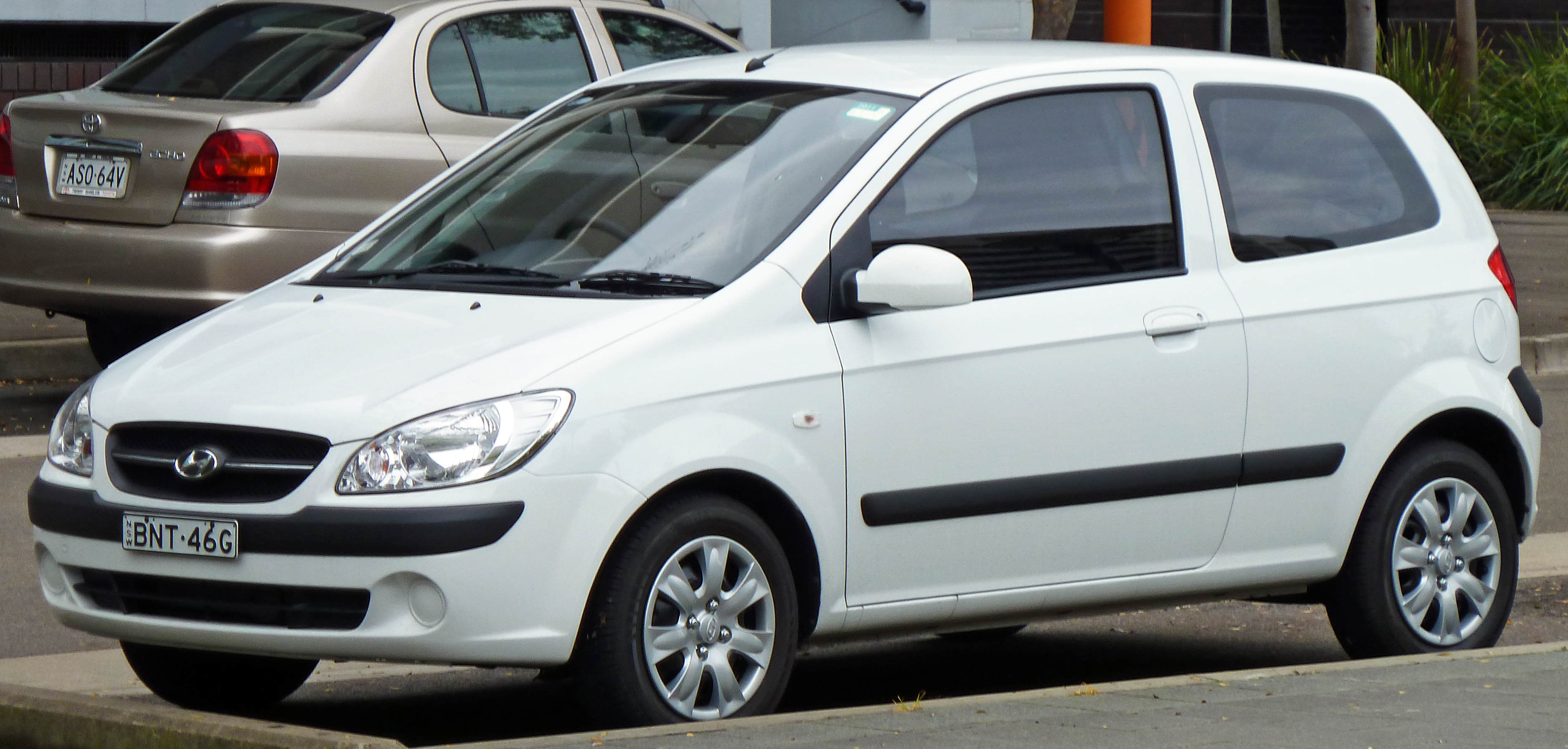 2010 hyundai getz photos informations articles. Black Bedroom Furniture Sets. Home Design Ideas