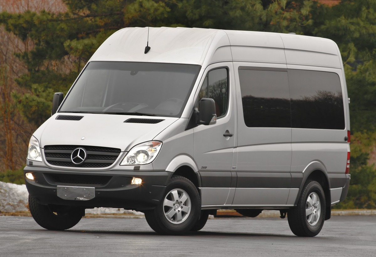 2010 Mercedes-Benz Sprinter #30