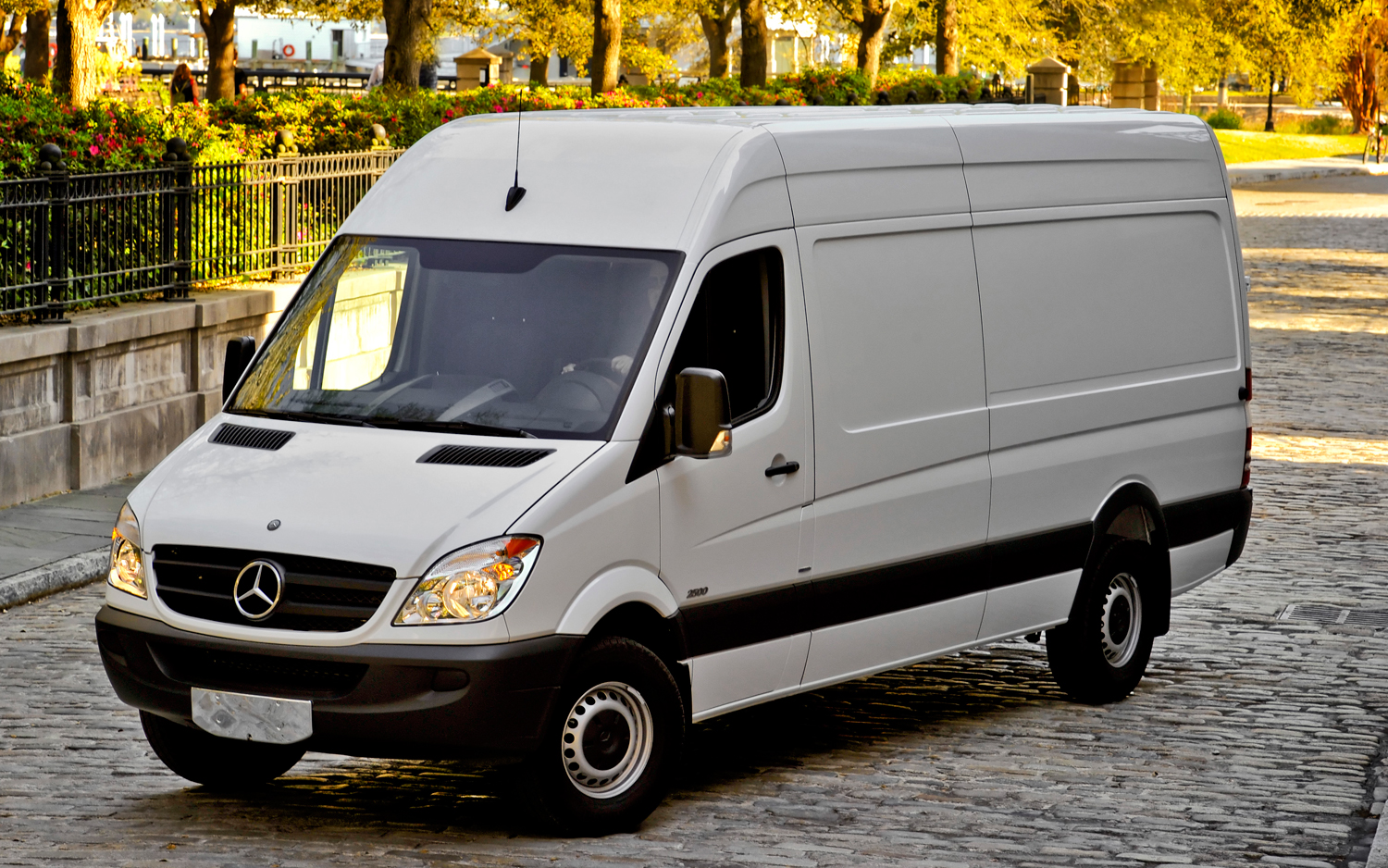 2010 Mercedes-Benz Sprinter #19