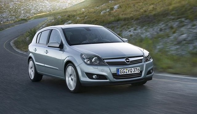 2010 opel astra photos informations articles. Black Bedroom Furniture Sets. Home Design Ideas