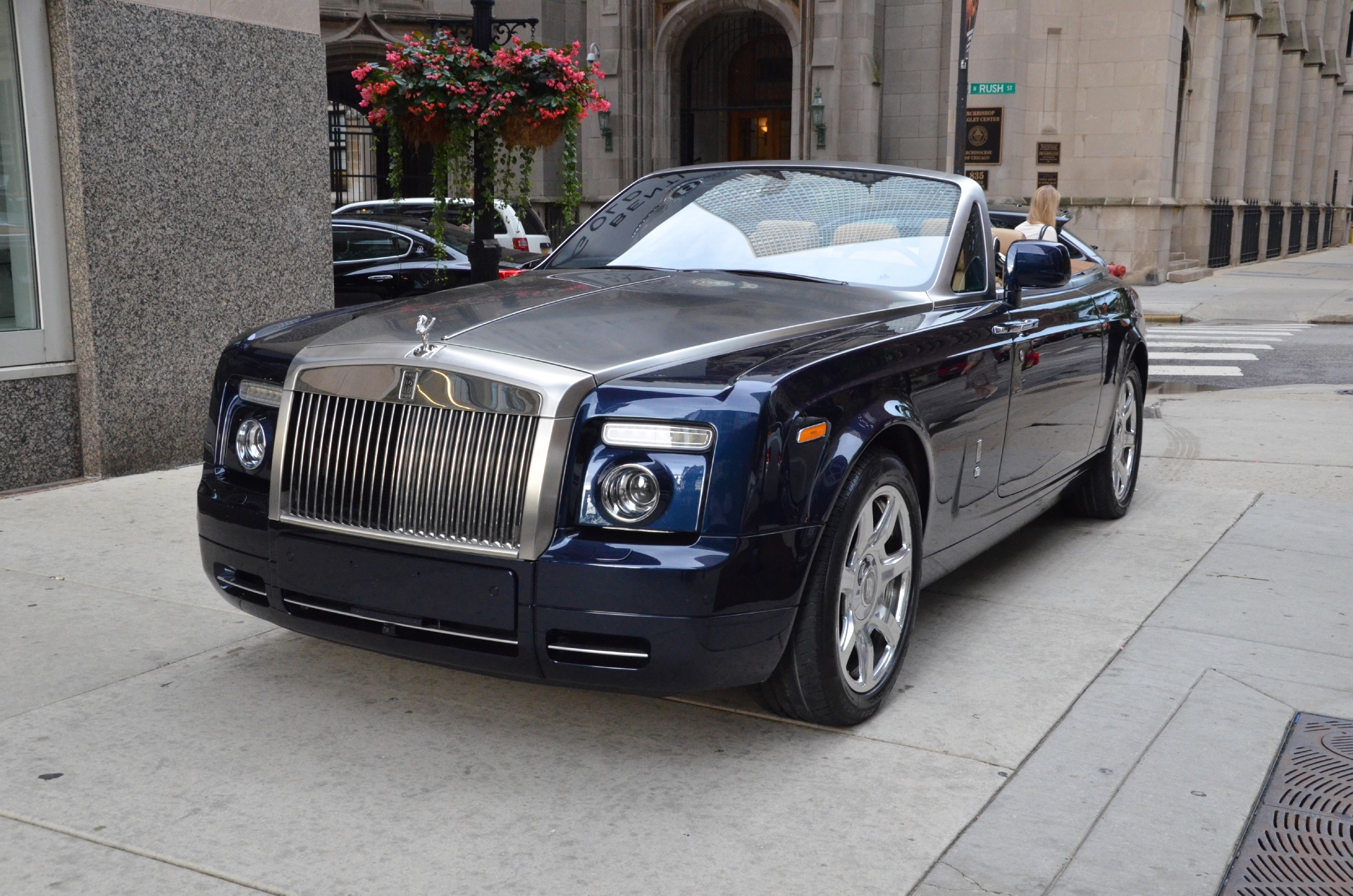 2010 rolls royce phantom drophead coupe photos informations articles. Black Bedroom Furniture Sets. Home Design Ideas