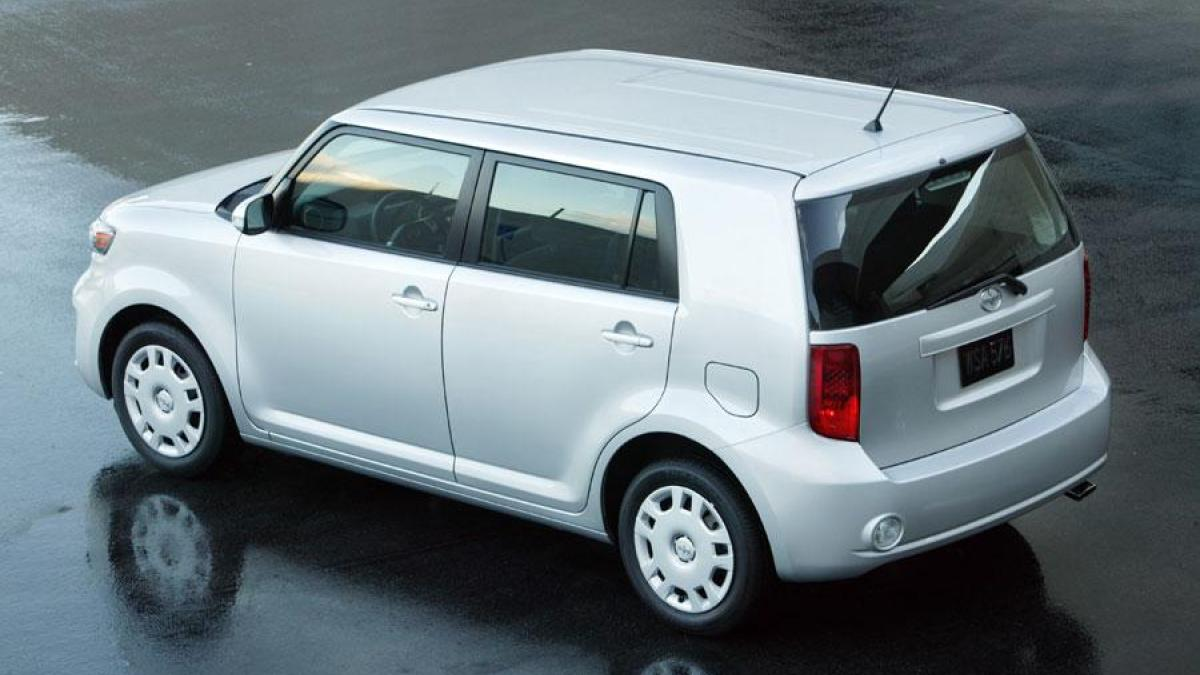 2010 Scion Xb #20