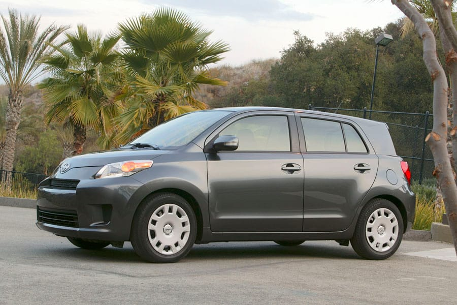 2010 Scion Xd #16