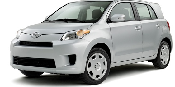 2010 Scion Xd #12