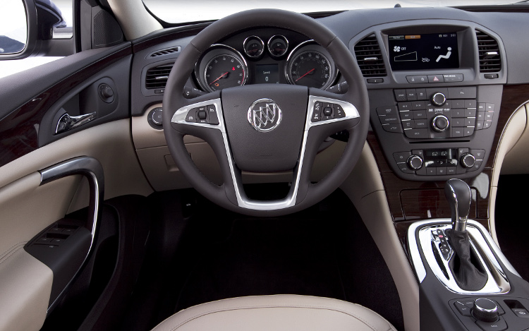 2011 Buick Regal #20