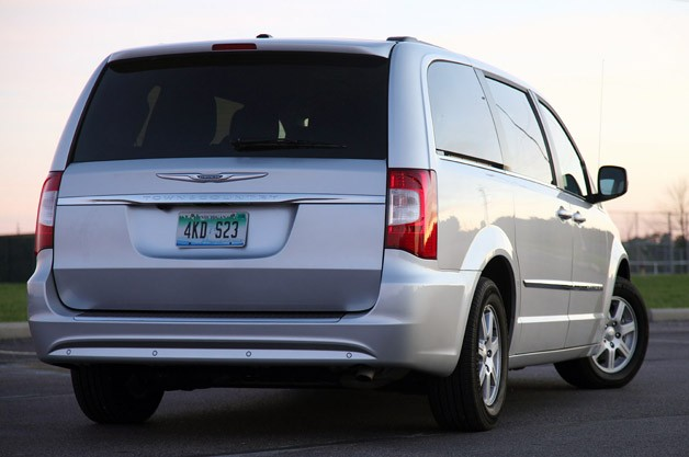 2011 Chrysler Town And Country #19