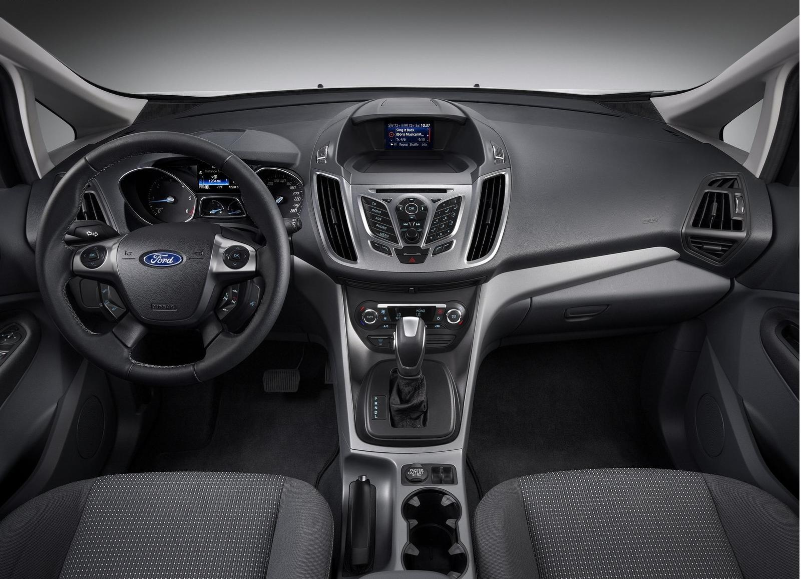 2011 Ford C-Max #26