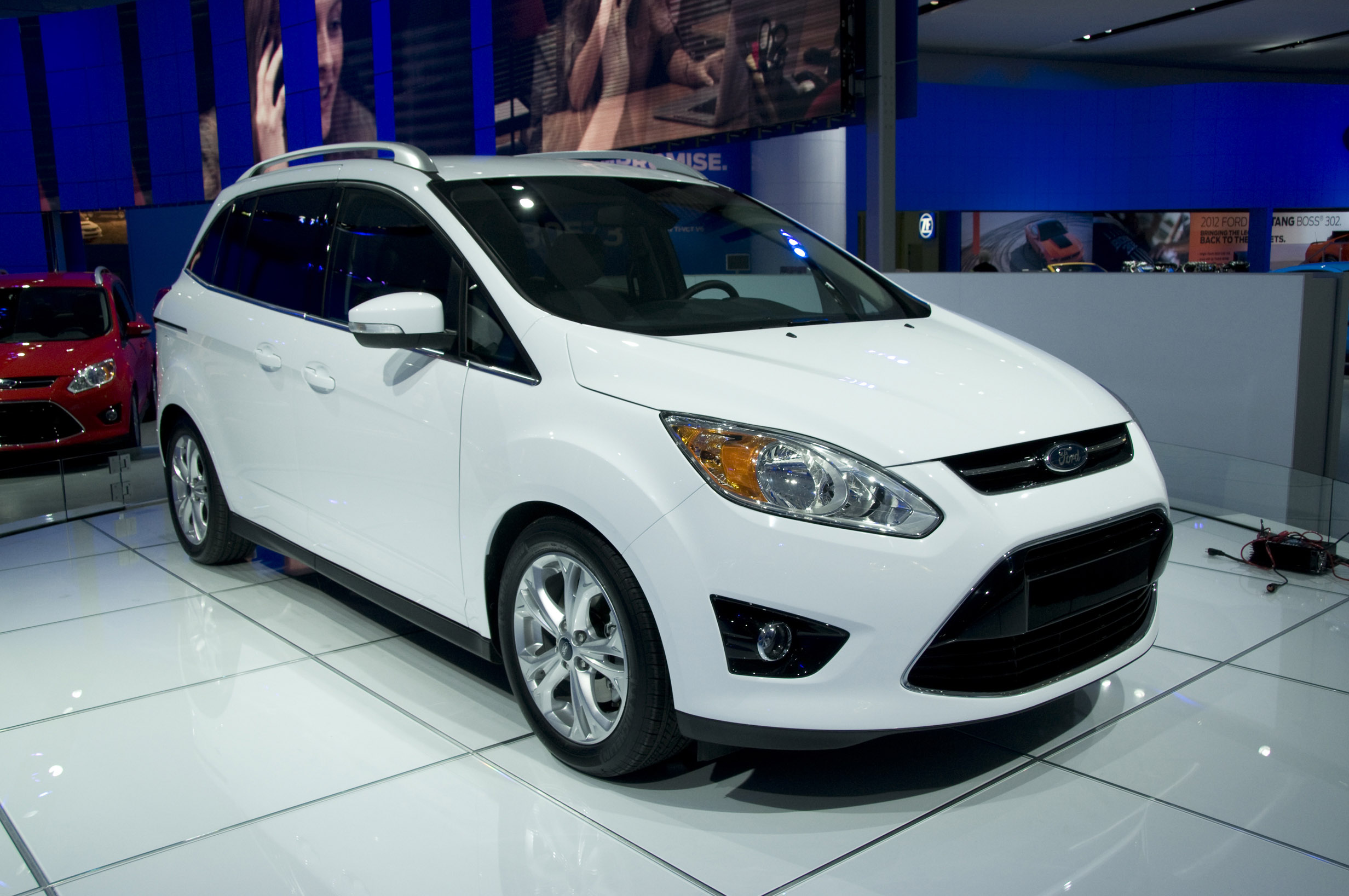 2011 Ford C-Max #27