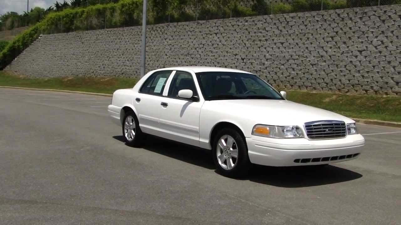 2011 Ford Crown Victoria #15