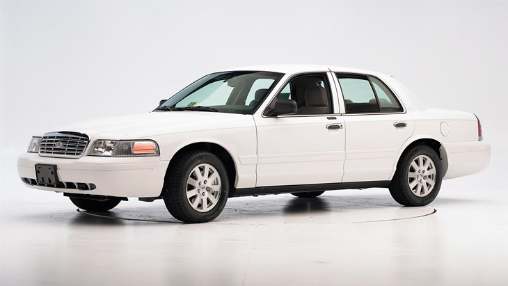 2011 Ford Crown Victoria #19