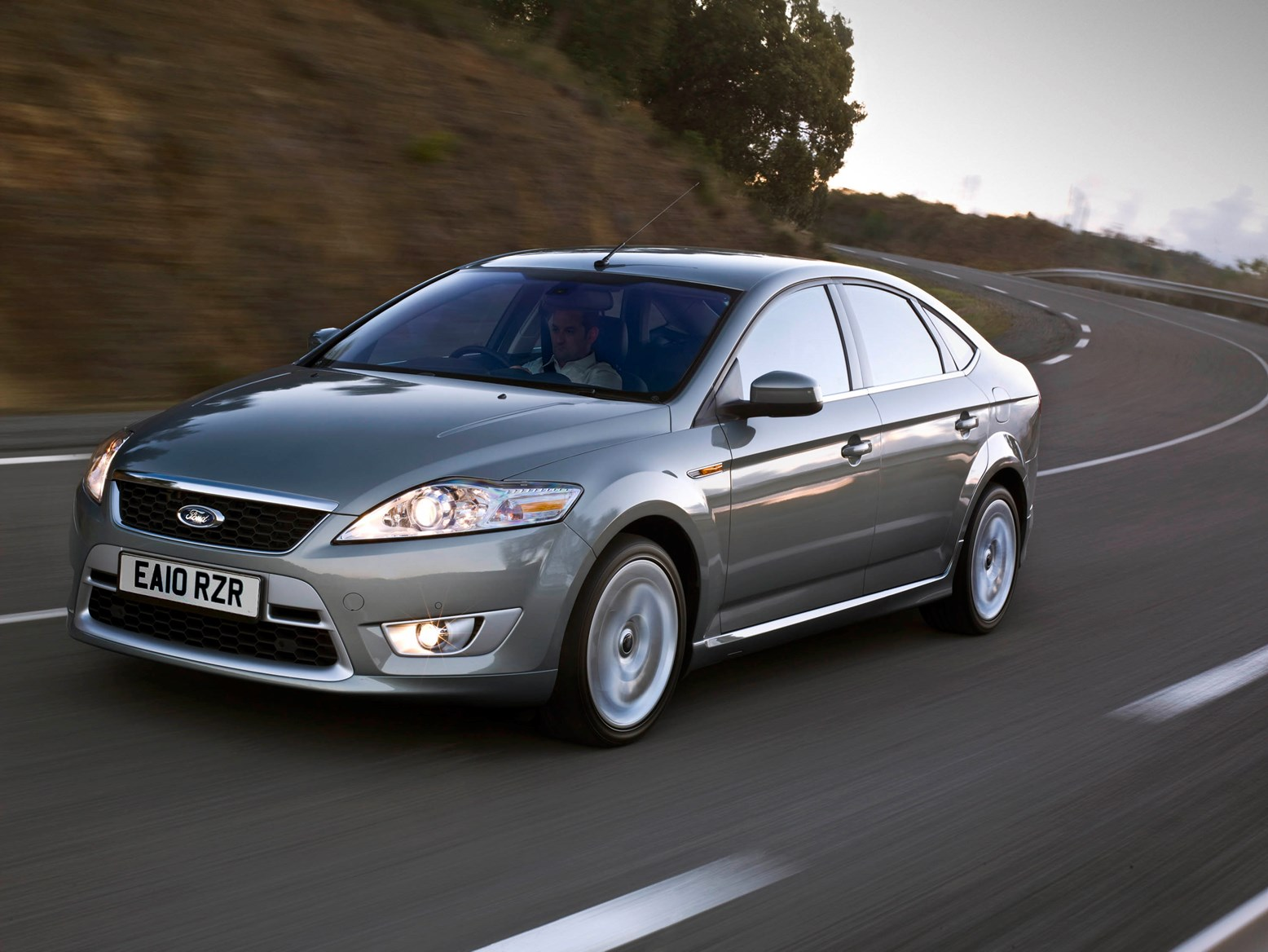 2011 Ford Mondeo #23