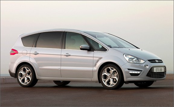 2011 Ford S-Max #14