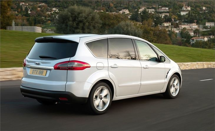 2011 Ford S-Max #17