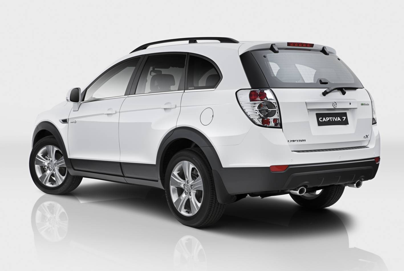 2011 Holden Captiva Photos Informations Articles