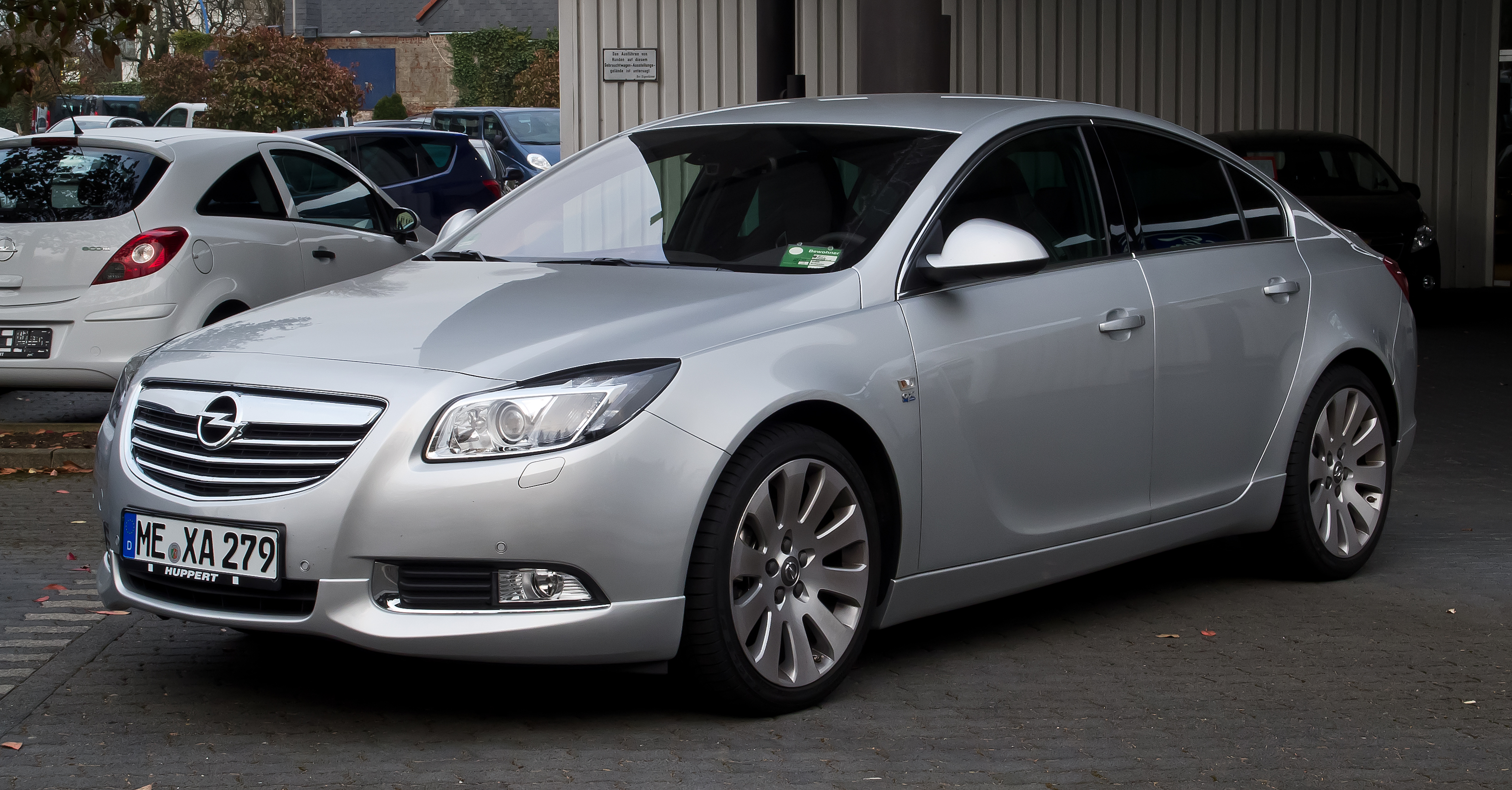 2011 opel insignia photos informations articles. Black Bedroom Furniture Sets. Home Design Ideas