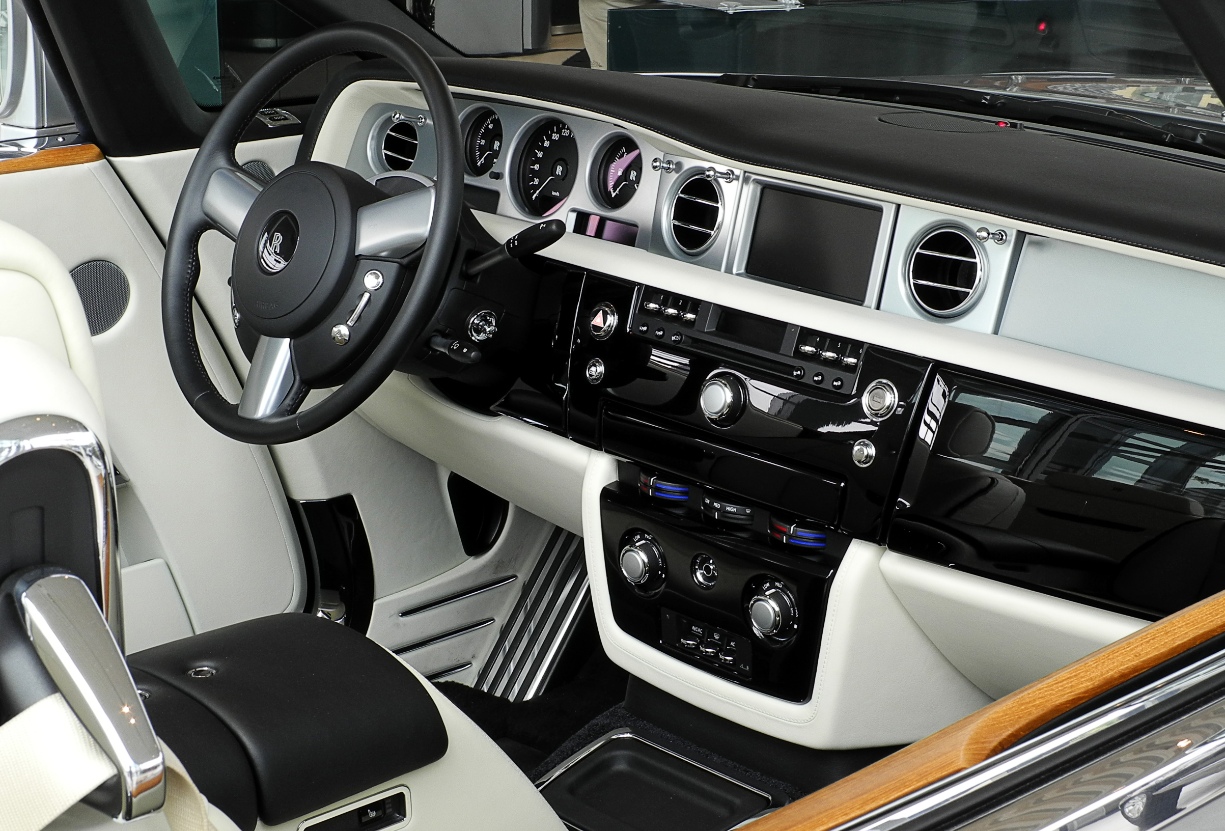 2011 Rolls royce Phantom Coupe #20