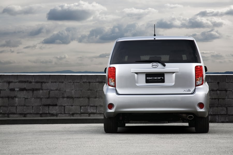 2011 Scion Xb #21