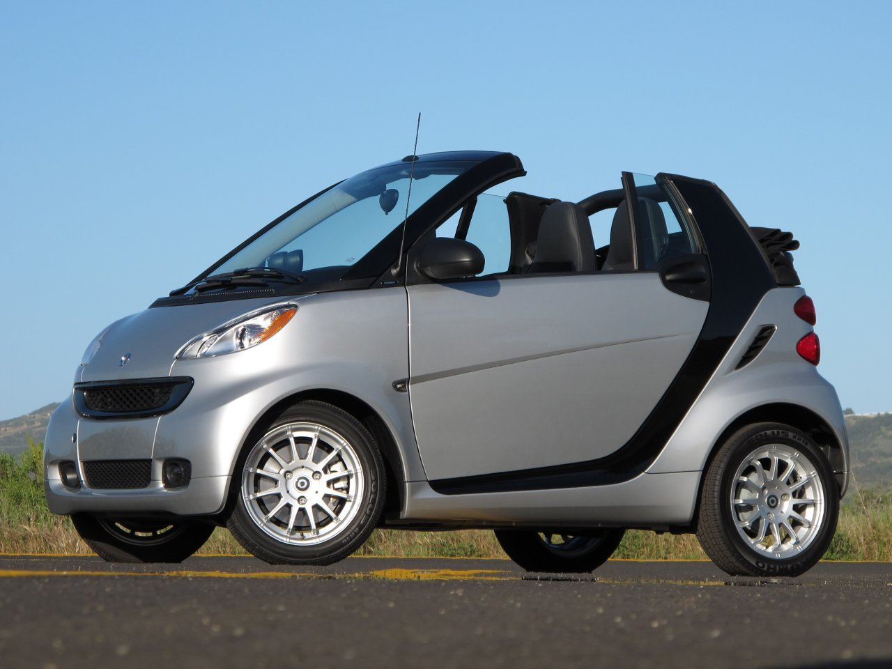 2011 Smart Fortwo #18