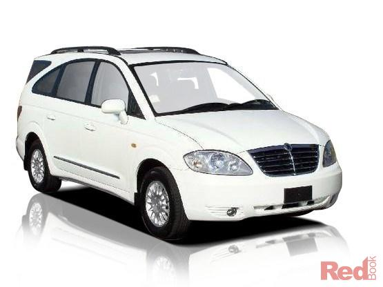 2011 Ssangyong Stavic #15