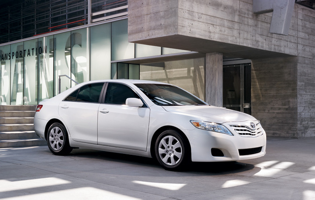 2011 toyota camry photos informations articles bestcarmag com rh bestcarmag com 2010 Toyota Camry XLE Interior for a 2008 Toyota Camry Manual 5 Speed