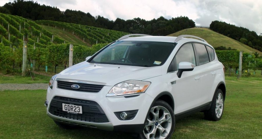 2012 ford kuga photos informations articles. Black Bedroom Furniture Sets. Home Design Ideas
