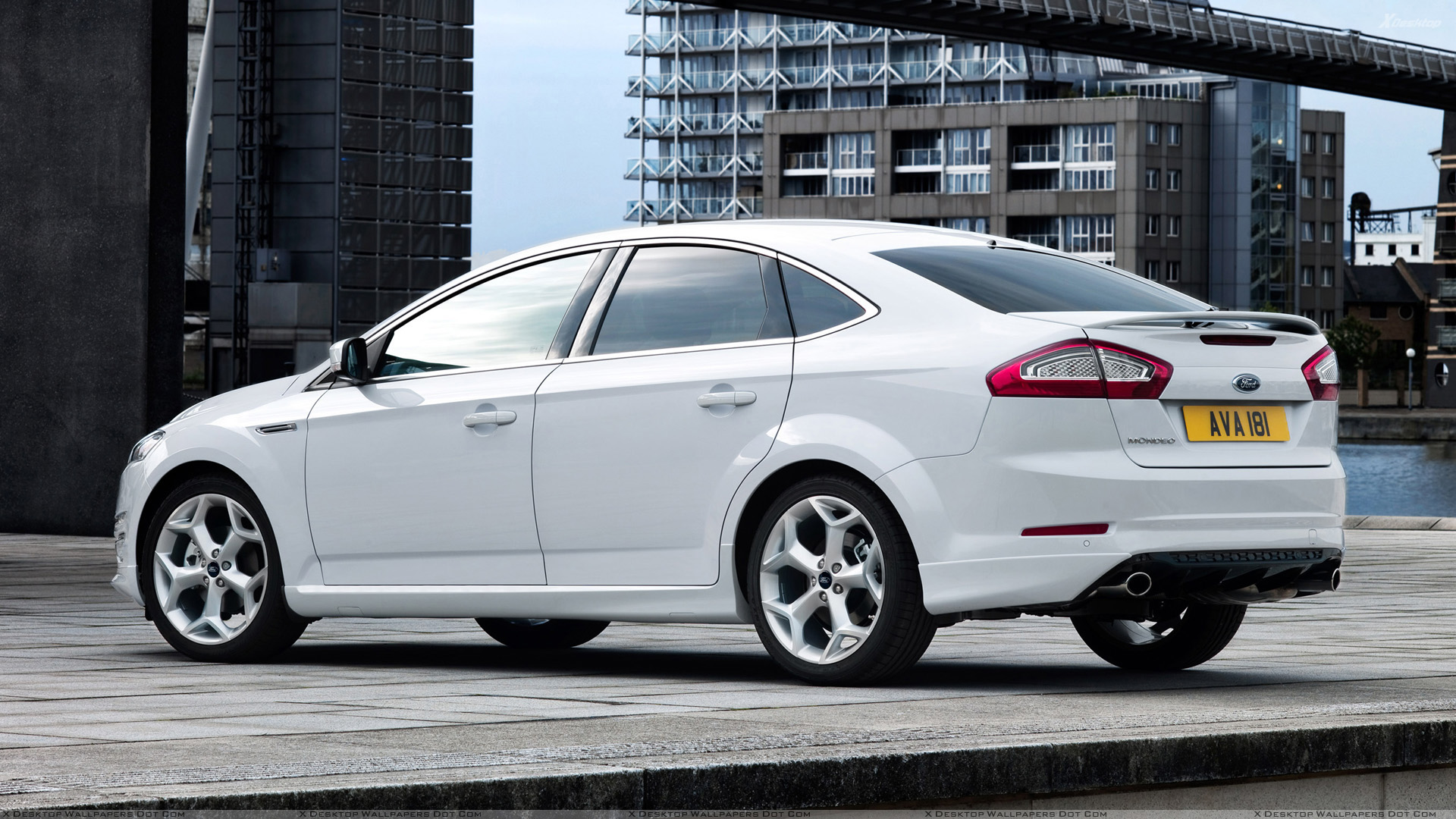 2012 Ford Mondeo #18