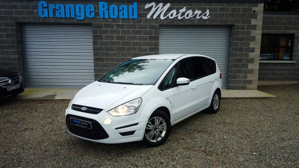 2012 Ford S-Max #20
