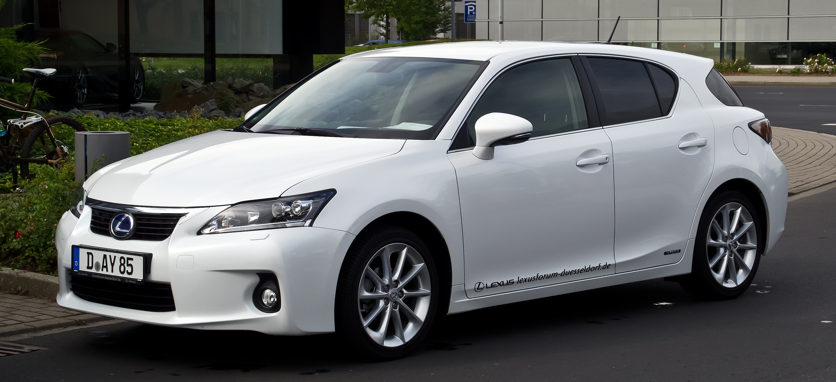 sport reviews of and speed review top luxury rating ct lexus driven