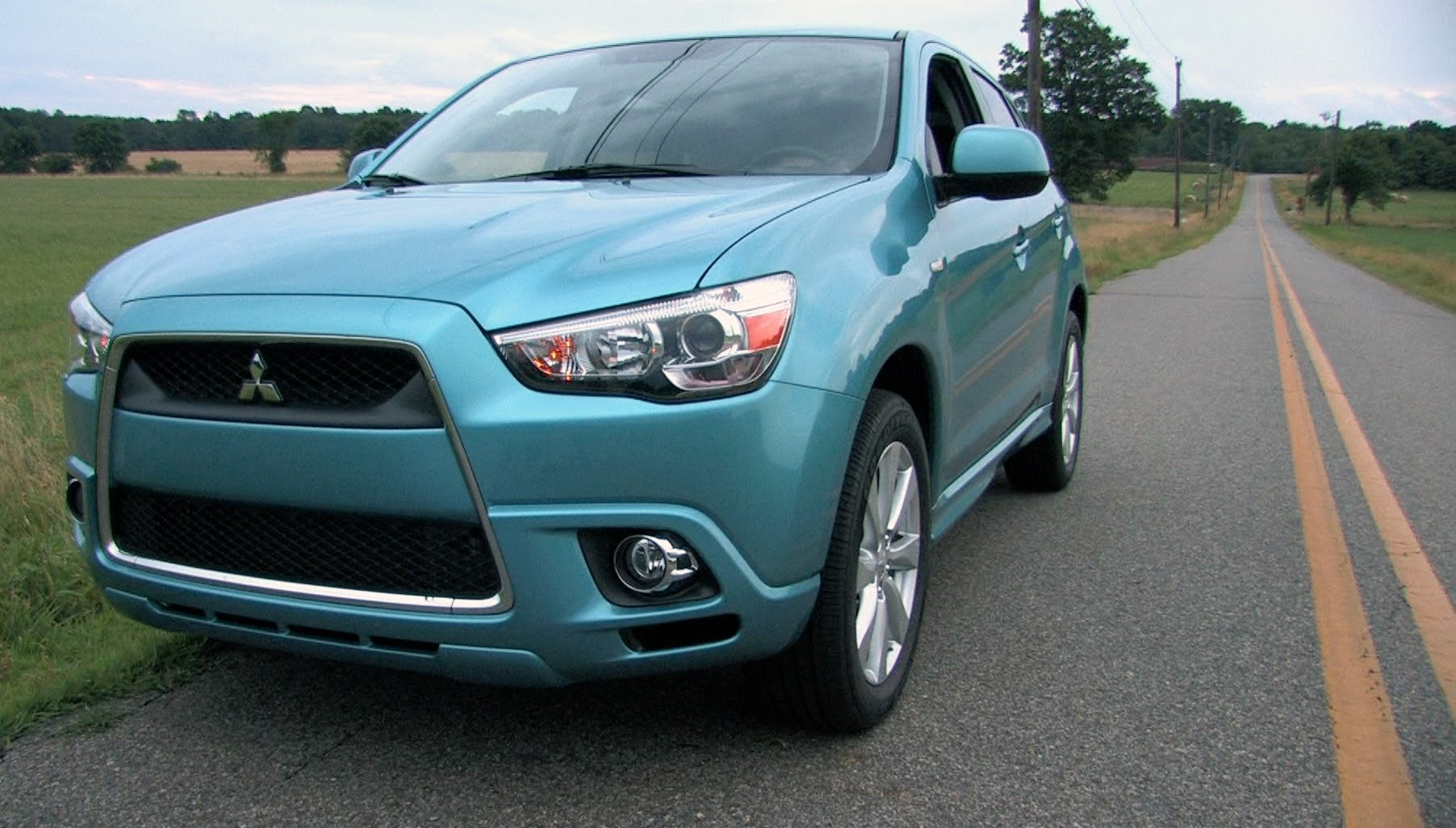 2012 mitsubishi outlander sport photos, informations, articles