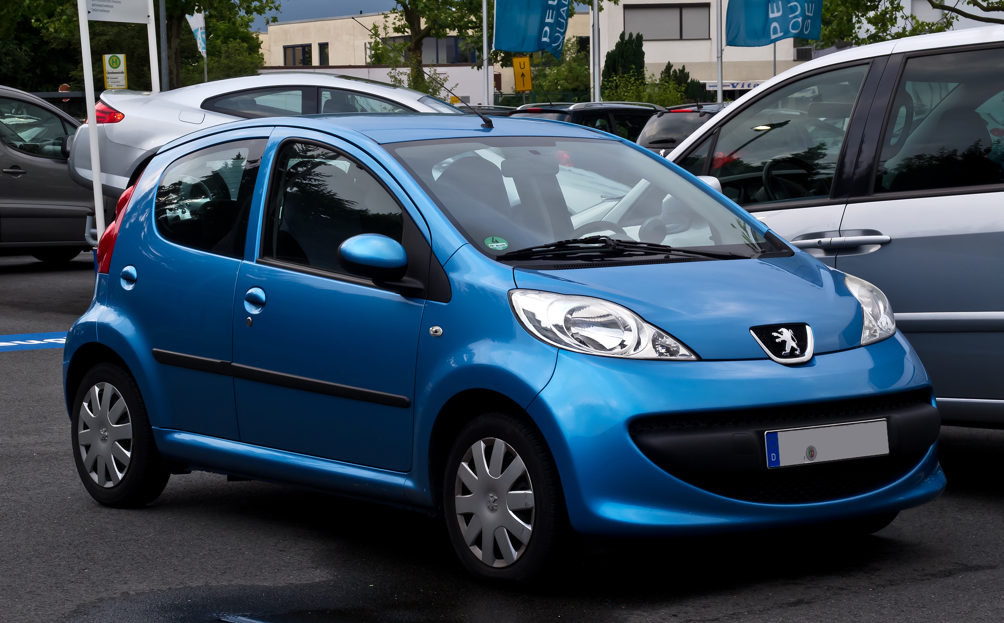 2012 Peugeot 107 Photos, Informations, Articles