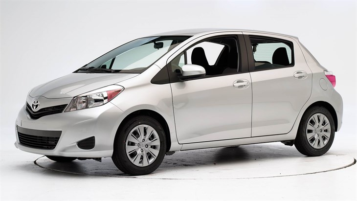 2012 toyota yaris photos informations articles. Black Bedroom Furniture Sets. Home Design Ideas