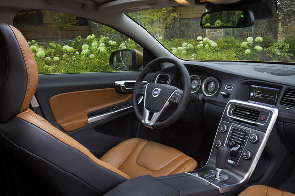 2012 volvo s60 photos, informations, articles - bestcarmag