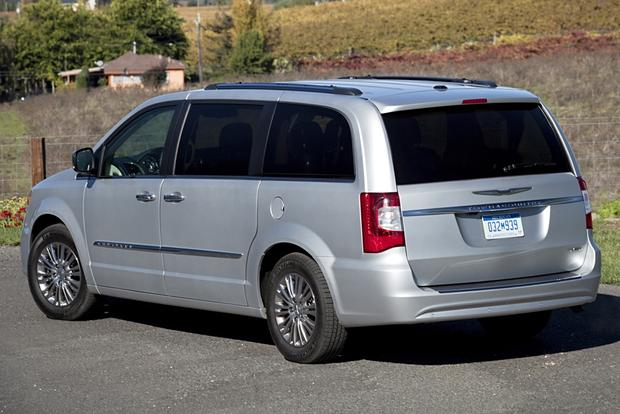 2013 Chrysler Town And Country #19