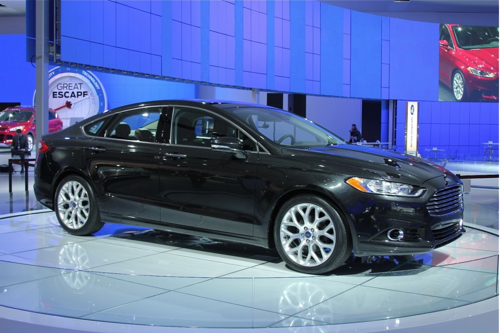 2013 Ford Fusion #20