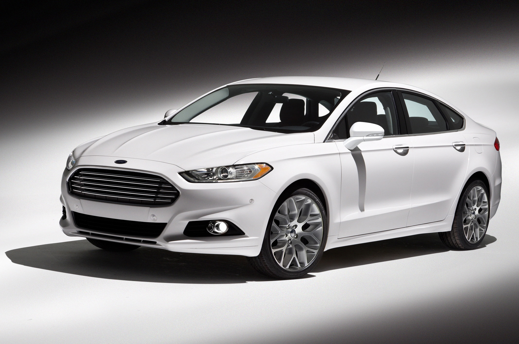 2013 Ford Fusion #15