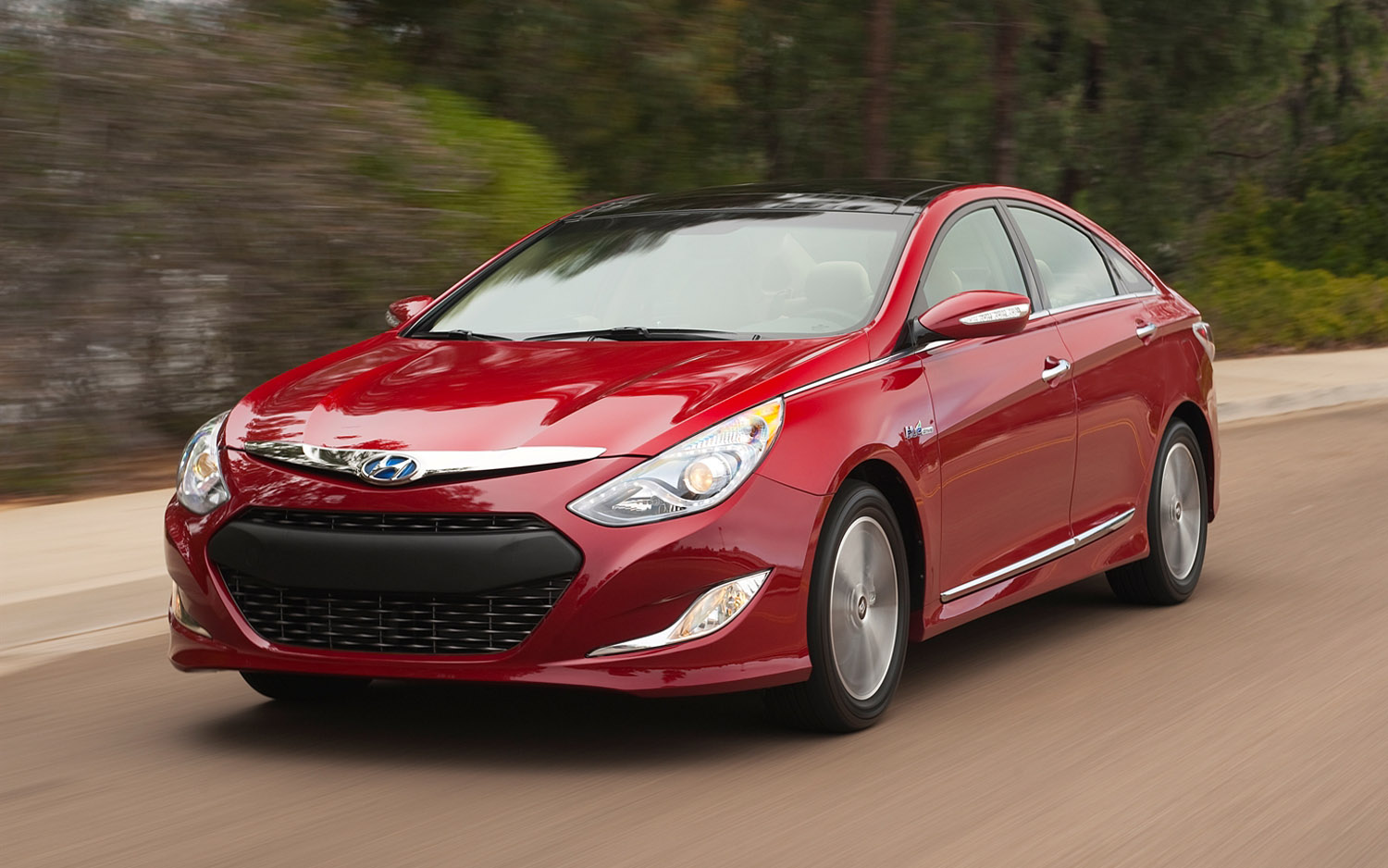 2013 hyundai sonata hybrid photos informations articles. Black Bedroom Furniture Sets. Home Design Ideas