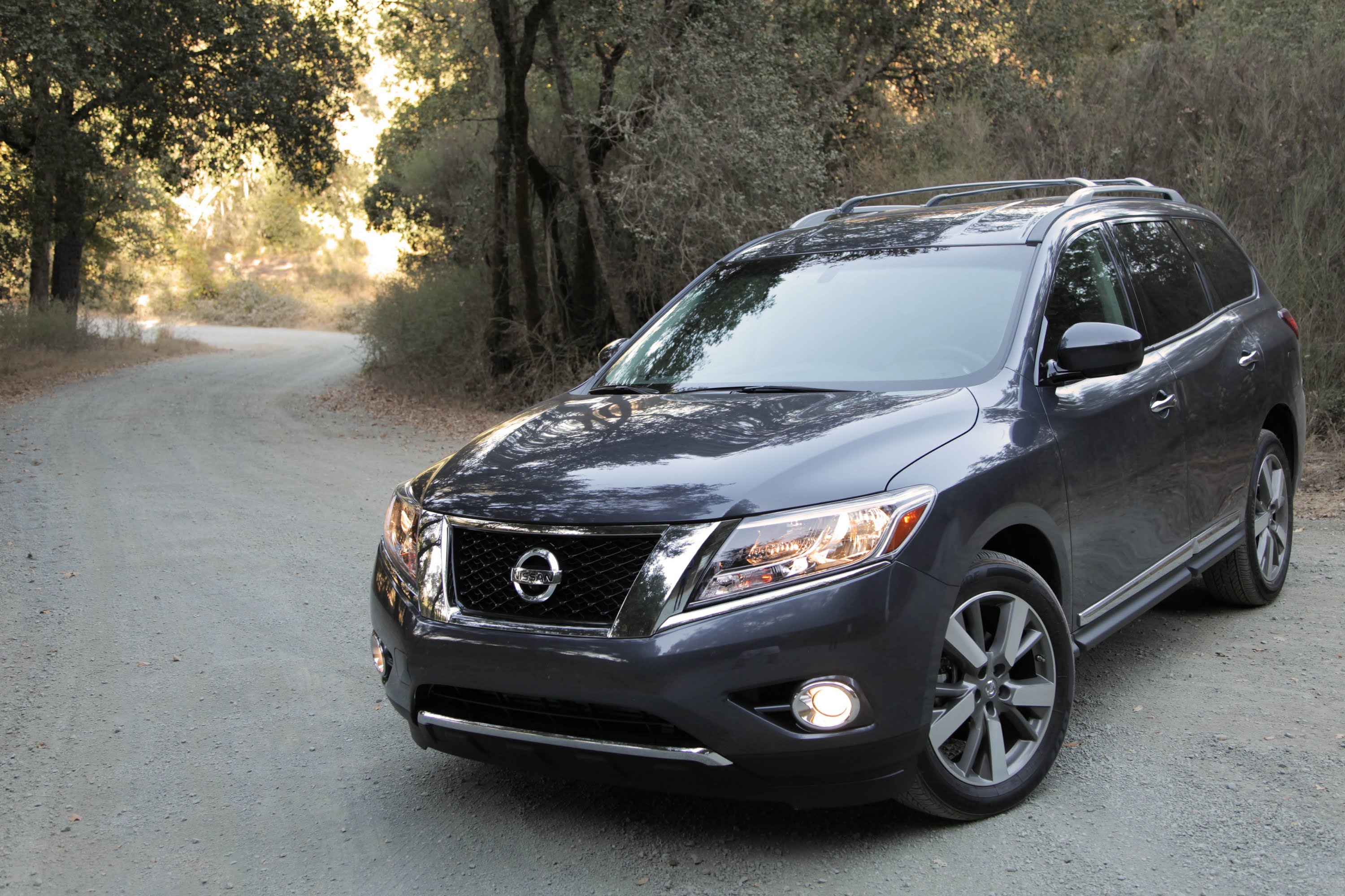 2013-nissan-pathfinder-1309562-3592980 Cool Review About High Ground Pathfinder with Amazing Pictures Cars Review